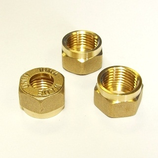 WADE METRIC COUPLING NUT