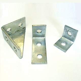 2 HOLE 90DEG ANGLE BRACKET GALVANISED FB111